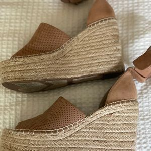 Marc Fisher wedge espadrilles size 7. Great cond.